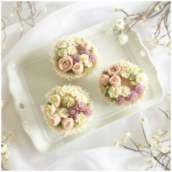 【基礎レッスン】あんフラワーケーキ(小花のカップケーキ)