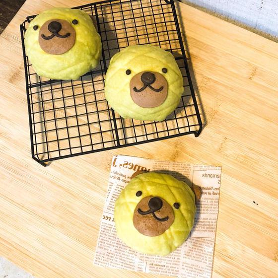クマさんメロンパン作り