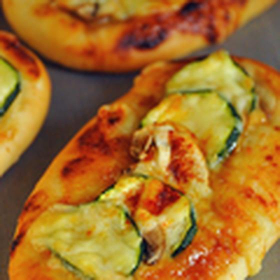 【基本イースト】夏野菜の焼こうじ味噌ガレット