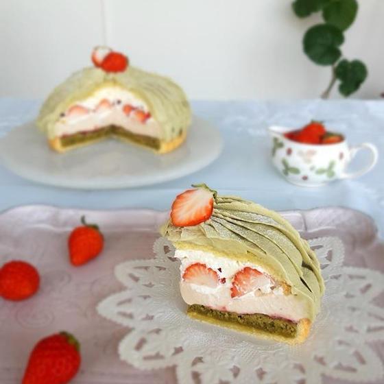 苺とピスタチオのドームタルトlesson