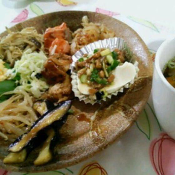 食材を生かす調理法と身体に負担のない栄養素の摂り方が学べる