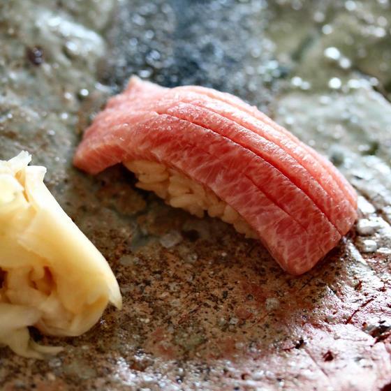 日本料理 × 握り鮨 × シャンパン