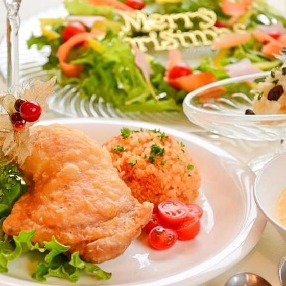 パリパリジューシーフライドチキンとX'masリースサラダ