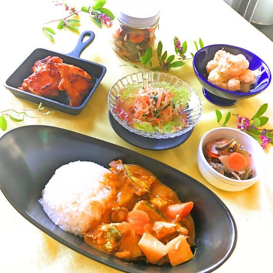 生鯖と生姜のゴロゴロカレー&塩麴のタンドリーチキン他、全5品