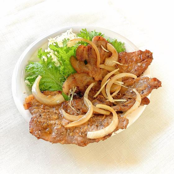 肉汁あふれる生姜焼き