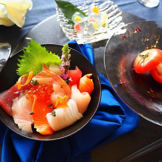 【7.8月限定】至極の海鮮・夏のファビュラス丼