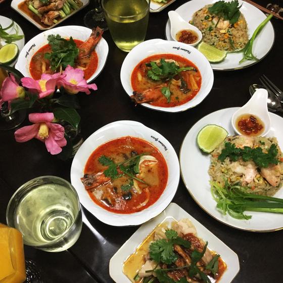 お家でレストラン世界3大スープトムヤムクン&よだれどり&炒飯