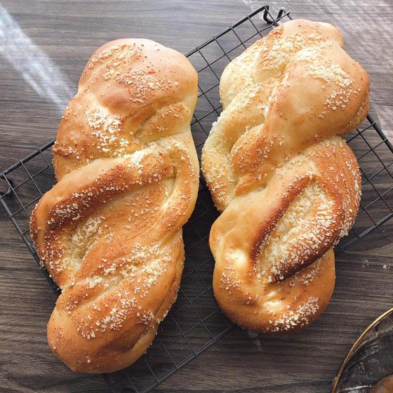 パルメザンチーズパン☆