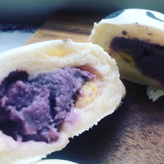 たっぷり2種のクリーム!紫芋とかぼちゃクリーム💓