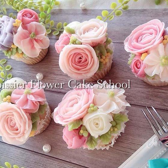 【お家で作れるお道具プレゼント付】フラワーカップケーキ2種