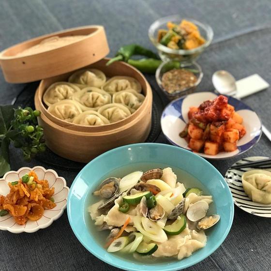 韓国すいとん、マンドゥ、カクテギ、心優しいお惣菜満載!