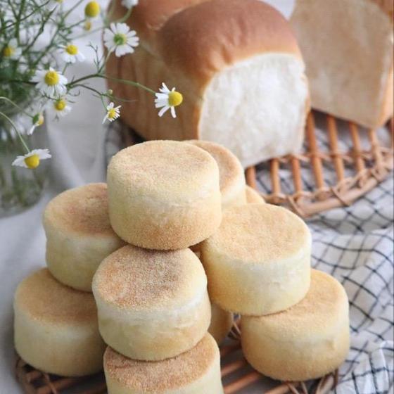 イングリッシュマフィンと山形食パン