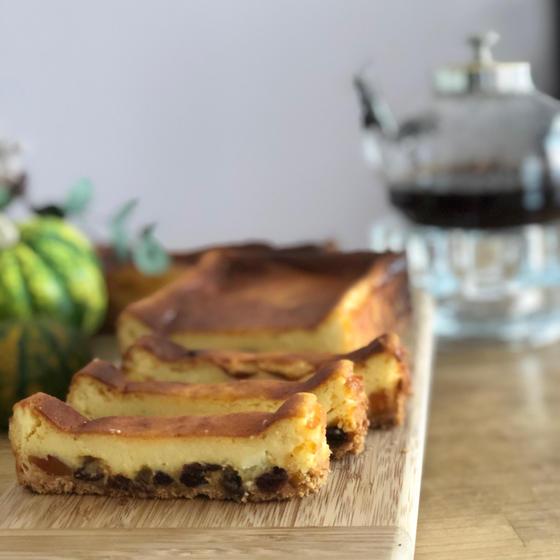 お菓子・・ランレーズンのチーズケーキ