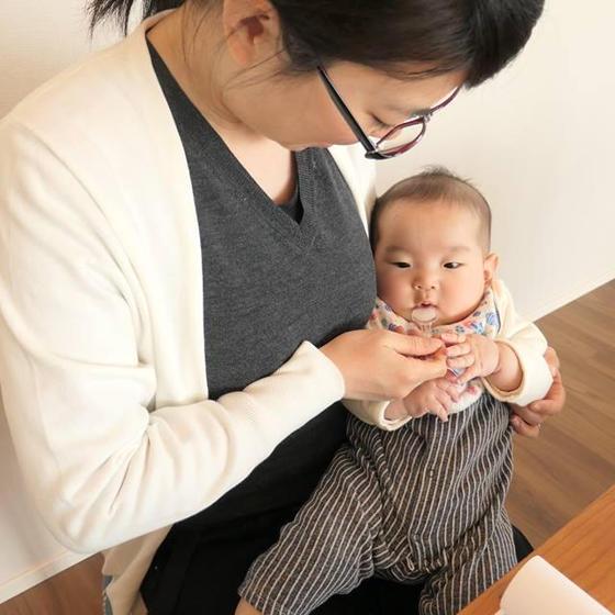 はじめての離乳食(5.6か月児向け)