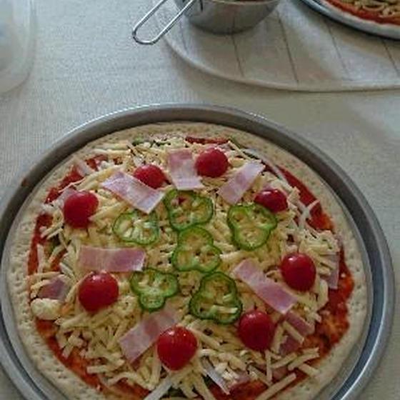 ピザ&フォカチャ