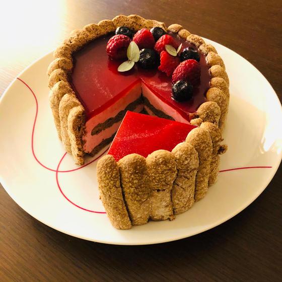 【ケーキ】ムース・オ・フランボワーズ