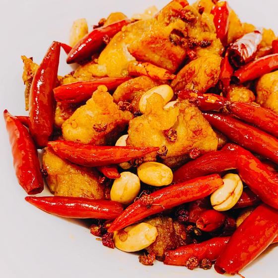 定番中華:唐辛子鶏、スペアリブの豆豉蒸し、じゃがいも炒め