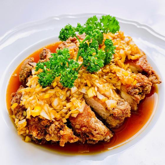 花椒油淋鶏、パラパラ卵チャーハン、小松菜の干し海老和え
