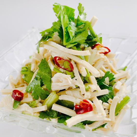 豆腐干絲(とうふかんす)の塩和え