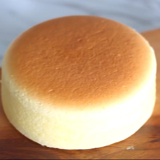 濃厚スフレチーズケーキ(中級)