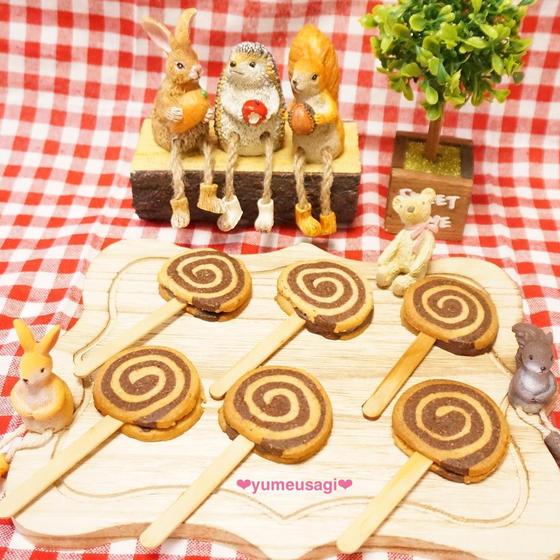バレンタインのチョコサンドクッキー&チョコチップカップケーキ