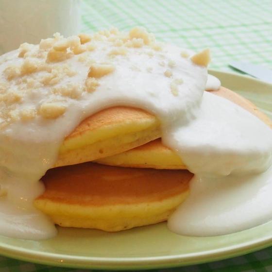 マカデミアナッツクリームパンケーキ