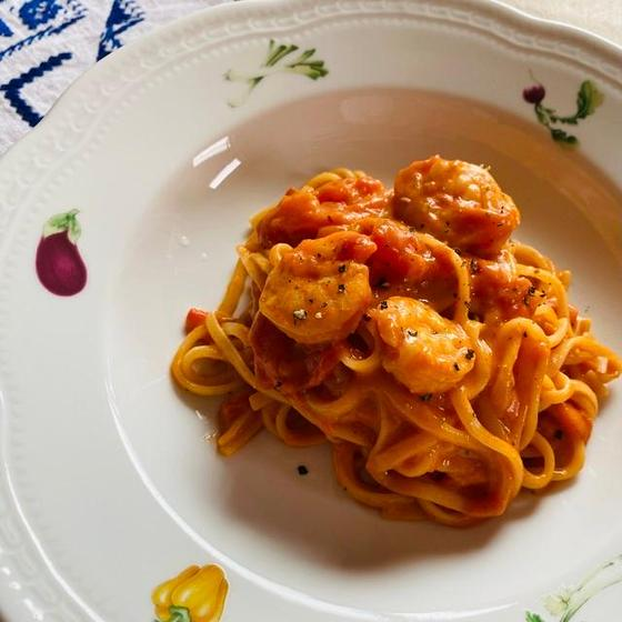 【イタリアのマンマ直伝パスタクラス】海老トマトクリームパスタ