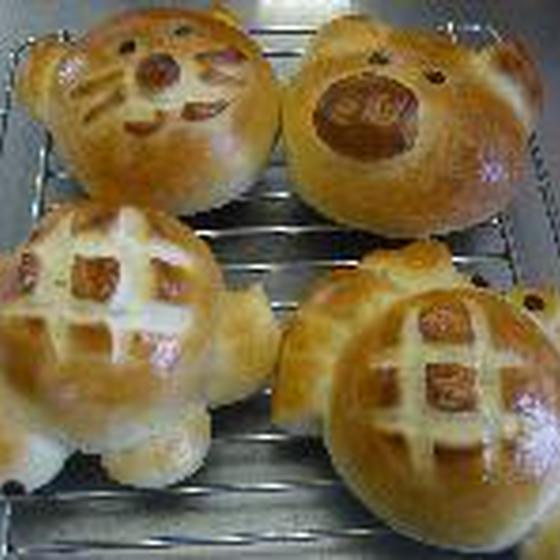 手作りパン教室「コルネ」