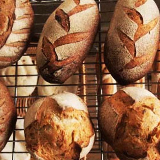 酵母パンとスープのお店 トゥルシー