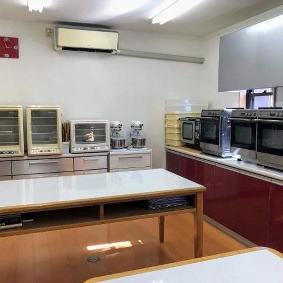 """料理とパン・お菓子のお教室 島 """"ルヴァン"""""""