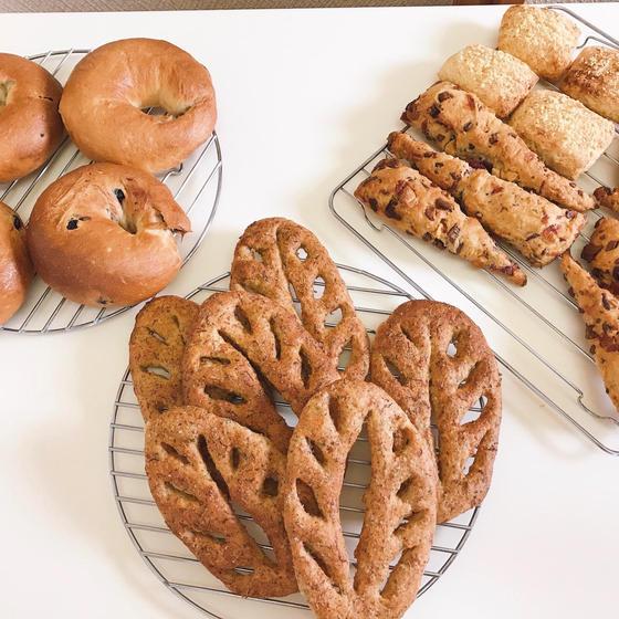手ごねパン教室 yayana ややな