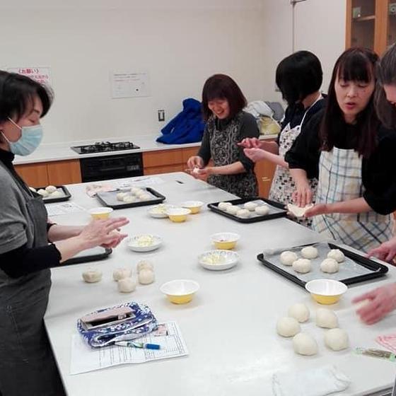 お店の味が~プロが教えるパン教室!bread baking