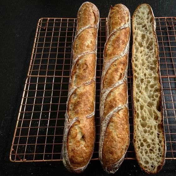 おうちでもお店レベルのハードパンが焼けるパン教室*パンの日々
