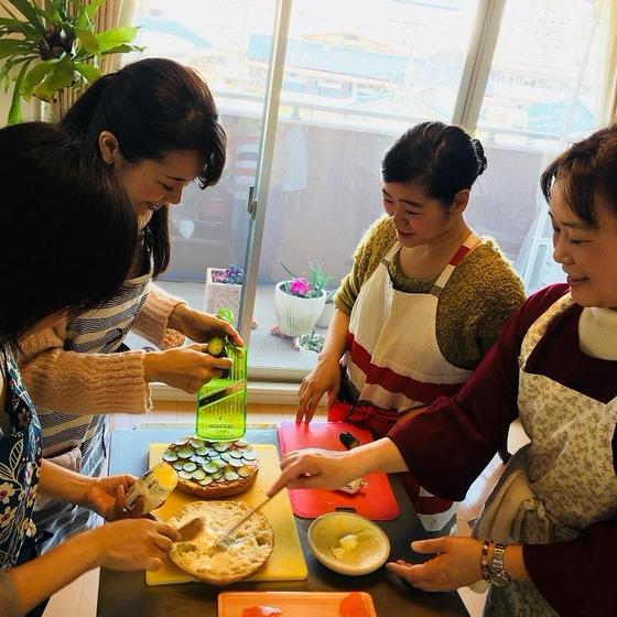 世界の家庭料理フルダイニング料理教室