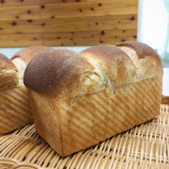 * 食パン教室 pain de mie *