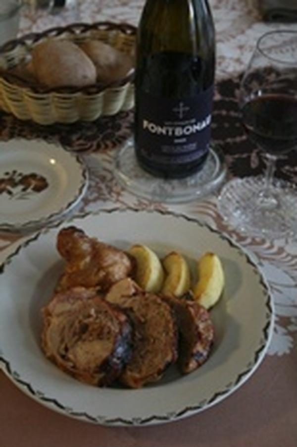 鶏のもも肉のファルシ・ポートワインソース