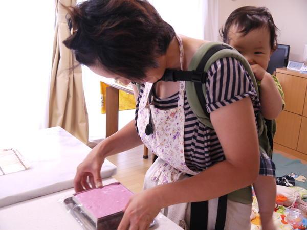 赤ちゃんと一緒に参加されている生徒さんです♪