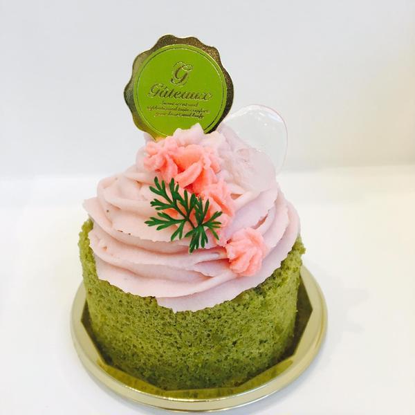 桜のモンブランケーキ