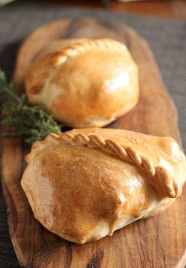 パン釜チキン(Plus: 冬/ベラベッカの回のメニュー)