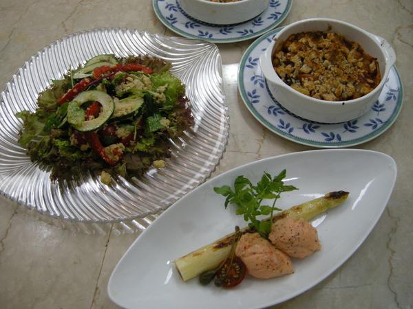 シェフの気まぐれ家庭料理は、月1回、開講。