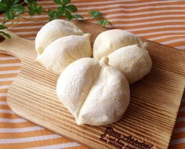 時にはパンも作ります