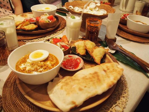 スパイスのお勉強をしながらのインド料理。