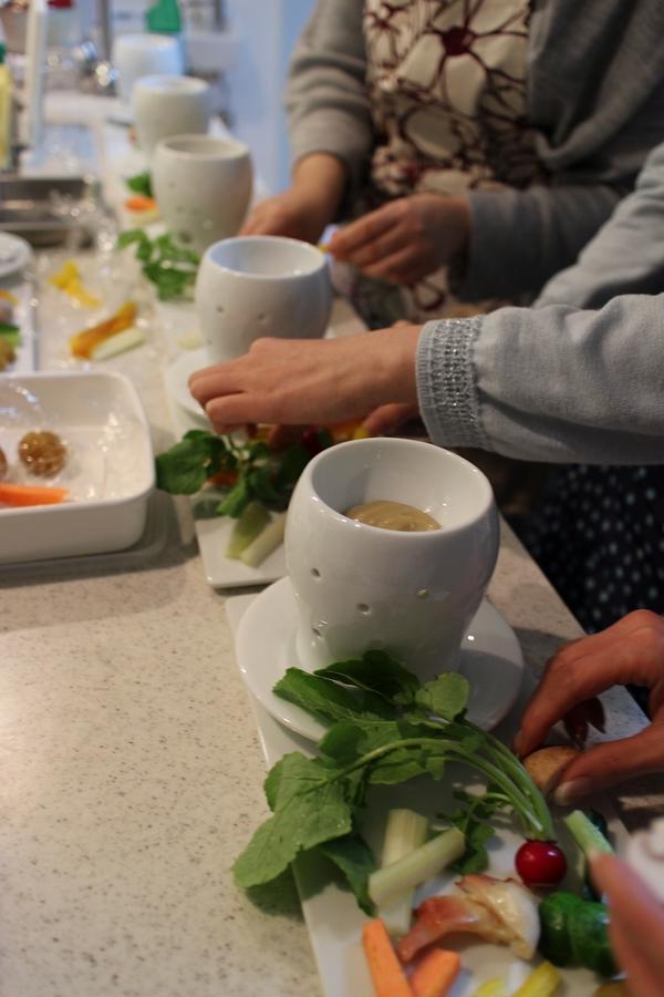 季節の野菜とバーニャカウダーソースレッスン♪