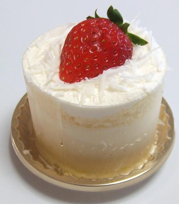 簡単に出来るイチゴのケーキです