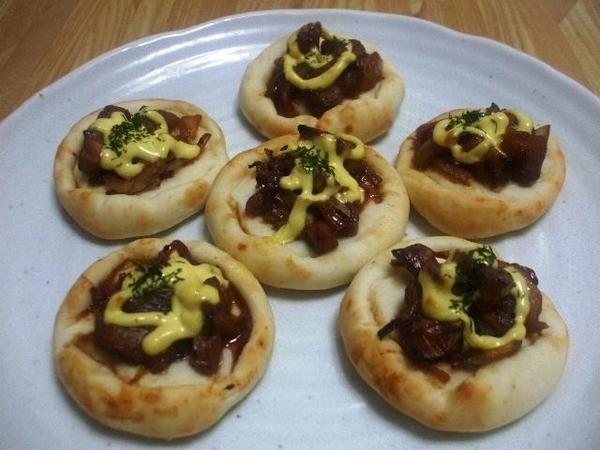 惣菜菓子:9月「甘辛チキンのピザパン風」