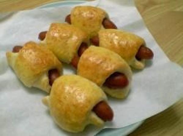 惣菜菓子:1月「ウインナーロール&竹輪ロール」