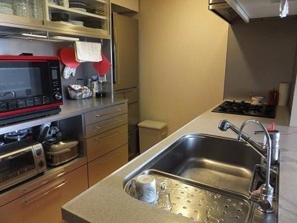 自宅のキッチンです。