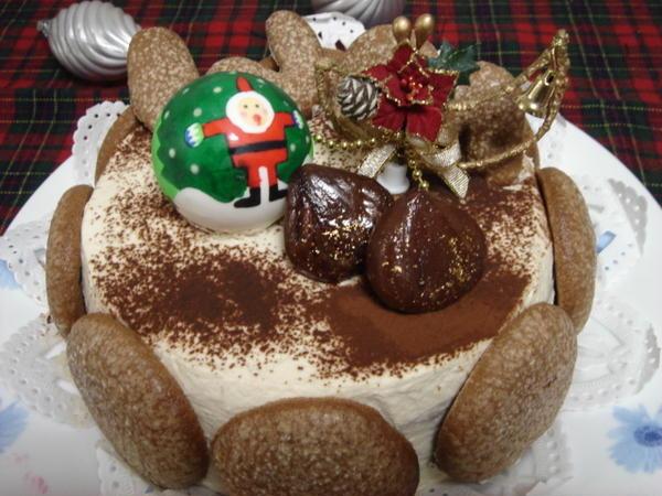 特別メニューにはクリスマスケーキもあります。