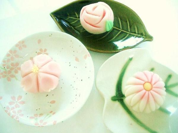 和菓子レッスン (練り切り各種です)