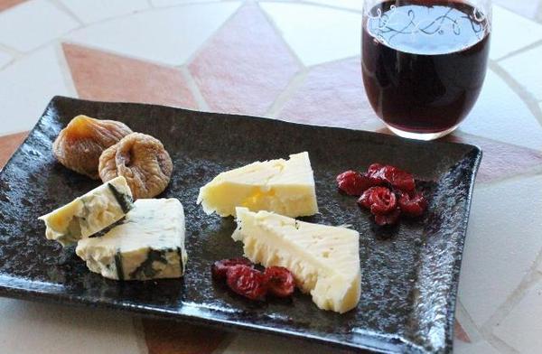 ワインとチーズのレクチャーも(^^)